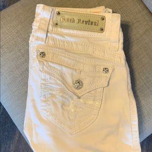 Woman's Rock Revival Jeans White Sz 26 like new!!